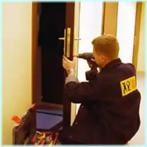 Замена замка в двери, в Омске